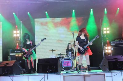 Mirror Illusion - All-Female Band